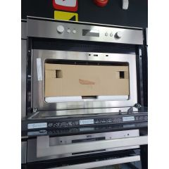 Whirlpool AMW820/IX Built In Microwave, Oven + Grill