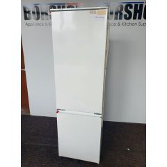 Zanussi ZBB28441SA Zanussi Intergrated Fridge Freezer 70/30